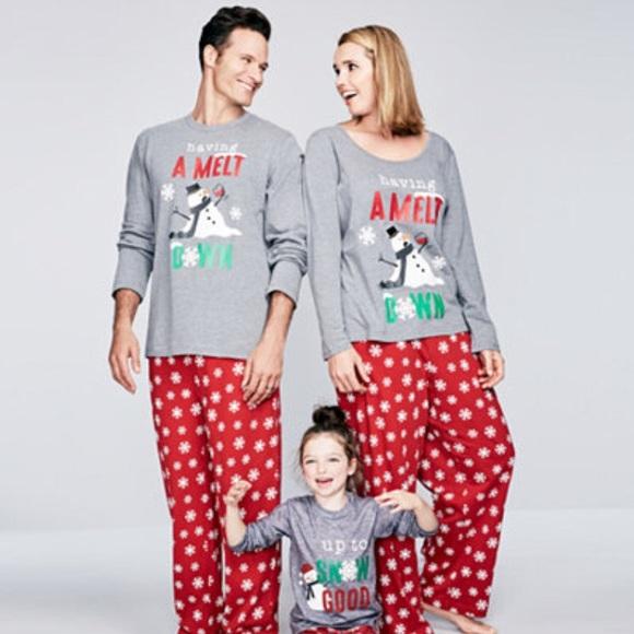 Christmas holiday FAMILY matching pajamas set 6402d5d46